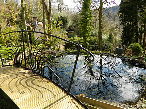 foot bridge for garden pool