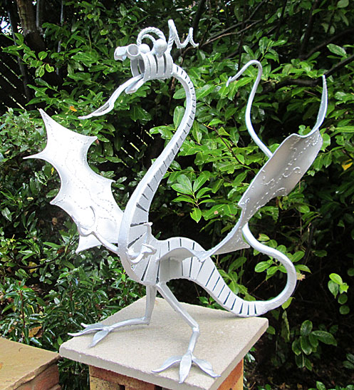 dragon sculpture for gardens, welsh dragon, mythical beasts, harry potter sculpture, lord of the rings sculpture