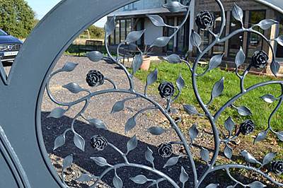 garden gates for driveway, metal gates with roses